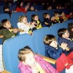 Salida al teatro de los grupos de 2-3 años